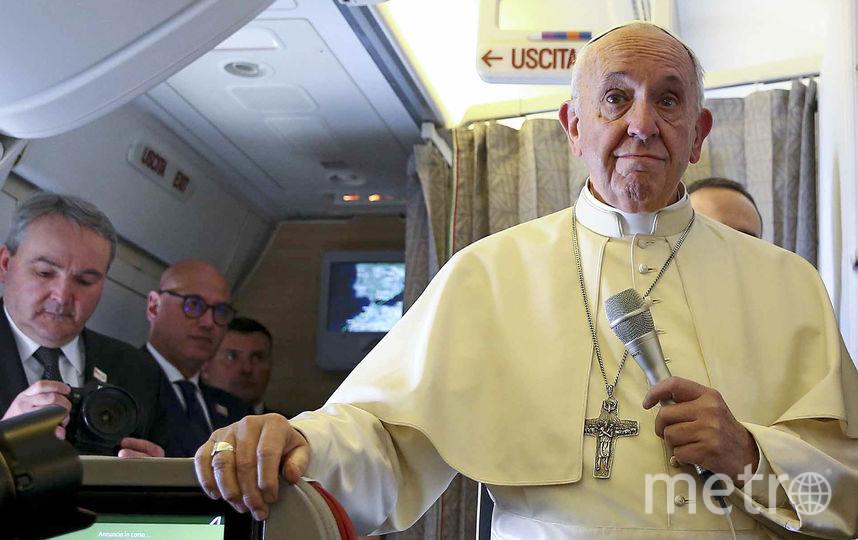 Папа римский Франциск на пути в Чили. Фото AFP