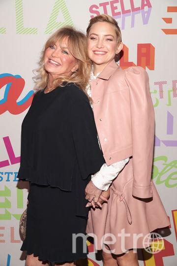 Вечеринка у Стеллы Маккартни. Голди Хоун и Кейт Хадсон. Фото Getty