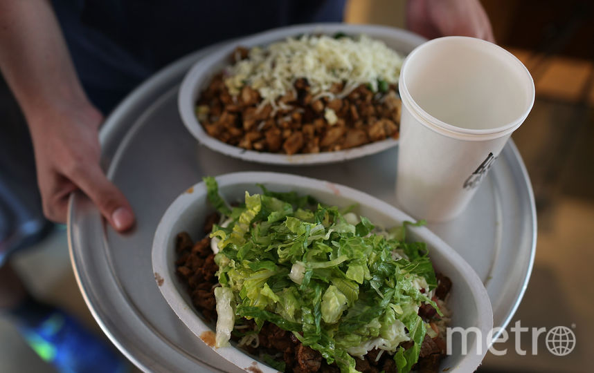Исследование показало, что вечером мы больше склонны к перееданию. Фото Getty