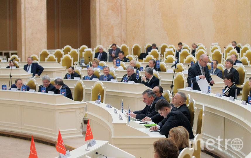 Процедуру сноса исторических домов в Петербурге могут усложнить. Фото www.assembly.spb.ru