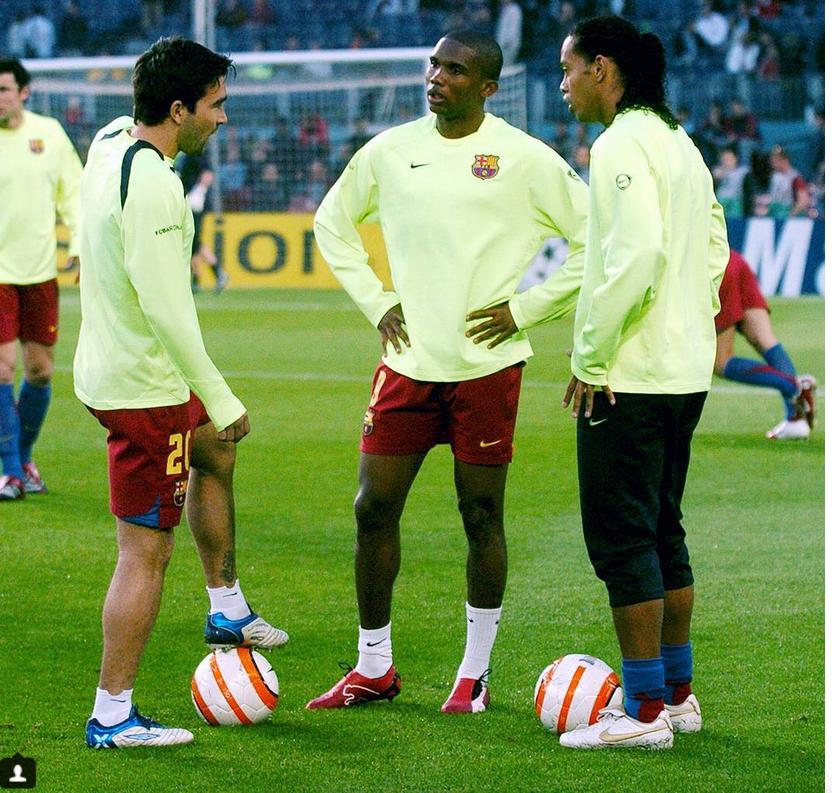 Роналдиньо завершил игровую карьеру
