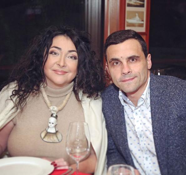 Лолита с мужем. Фото Скриншот Instagram: lolitamilyavskaya