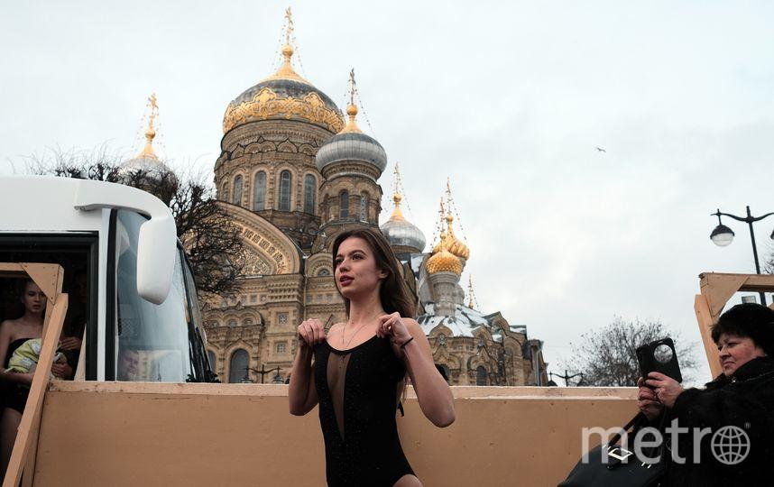 """Крещение в Санкт-Петербурге. Фото Алены Бобрович, """"Metro"""""""