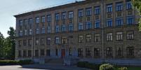 В школах Петербурга установят металлодетекторы