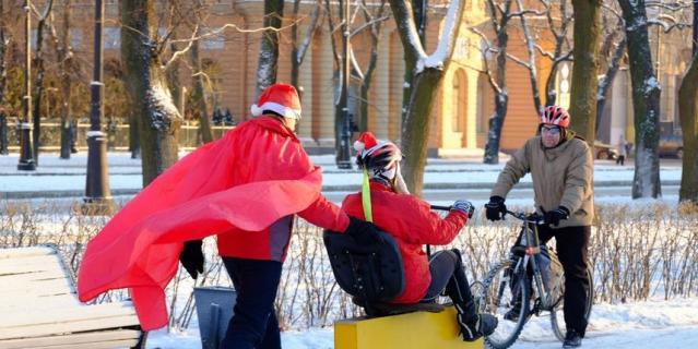Велопарад Дедов Морозов.