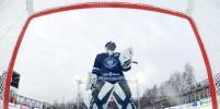 Хоккеисты из Риги и Минска сразились под открытым небом