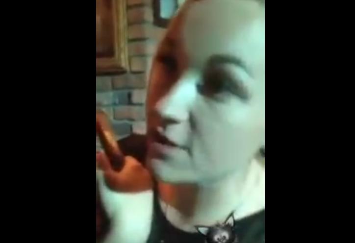 В Петербурге сержант полиции уволена после вечеринки. Фото Все - скриншот YouTube