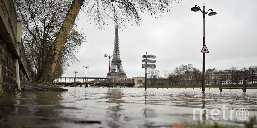 В Париже Сена вышла из берегов – фото