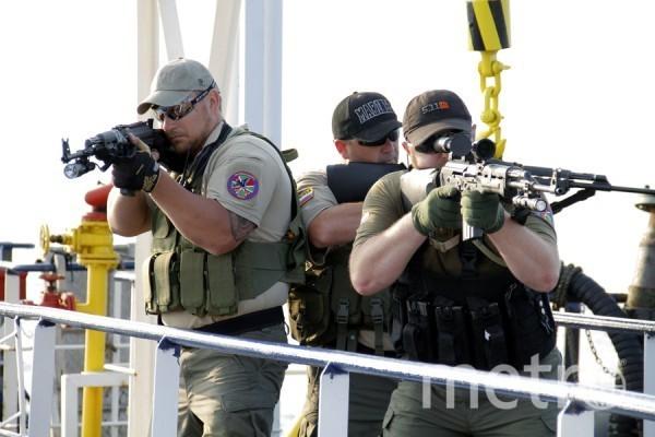 Частные военные компании обычно занимаются охраной важных объектов и защитой морских судов от пиратов. Фото rsb-group.ru