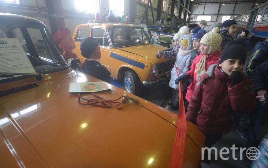 Центральное место в коллекции занимают военные автомобили. Фото Елена Пальм.