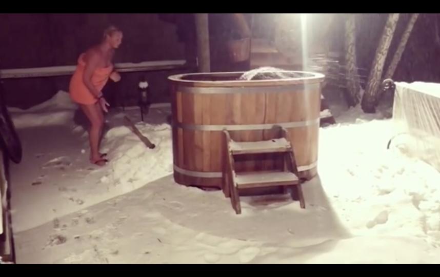 Скриншот видео. Фото instagram.com/volochkova_art