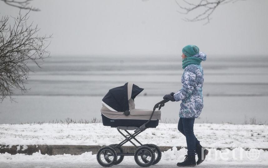 Рождение ребёнка с 2018 года может дополнительно помочь взять и выплатить ипотеку. Фото Роман Пименов, Интерпресс