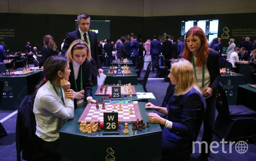 Ученые: женщины выигрывают у мужчин в шахматы чаще. Фото Getty