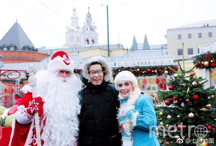"""Китайцы были частыми гостями площадок новогоднего фестиваля. Фото предоставлено оргкомитетом """"Путешествие в Рождество"""""""