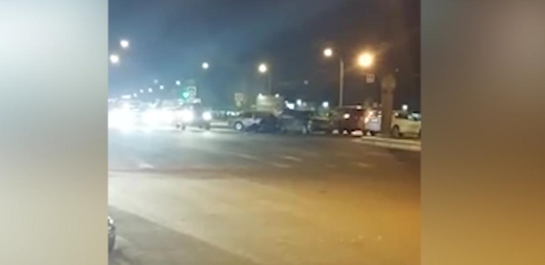 В Петербурге произошла перестрелка. Фото Все - скриншот видео.