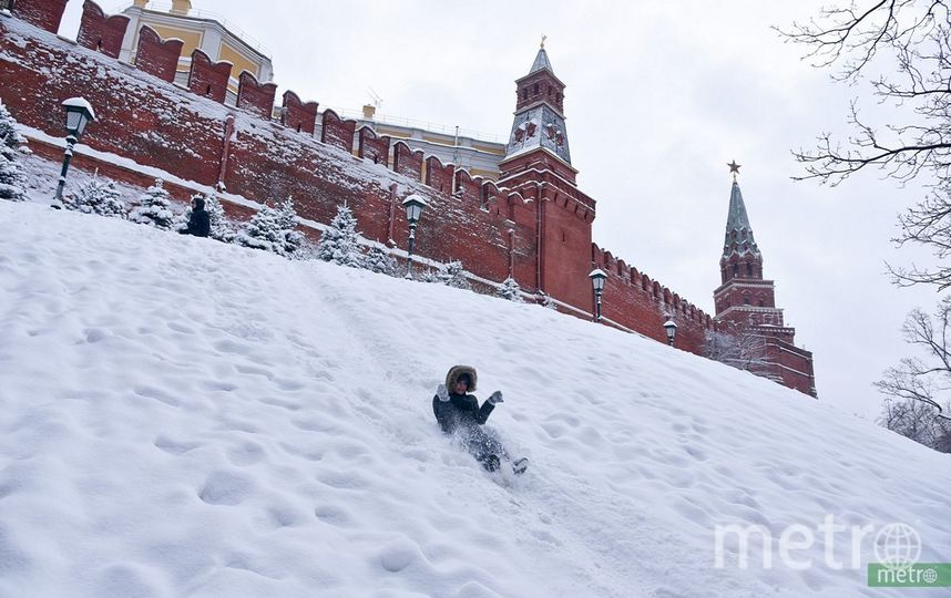 Мощнейший снегопад идёт на Москву. Фото Василий Кузьмичёнок