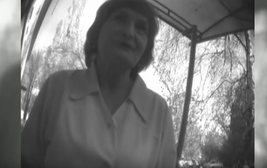 Вымогающую взятку за кесарево сечение акушерку сняли на видео. Фото Все - скриншот YouTube