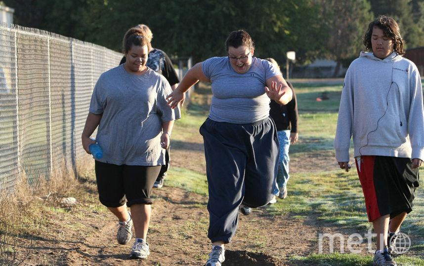 Живя вместе с худеющими, мы сами теряем вес. Фото Getty