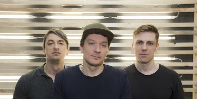 Петербургская рок-банда возвращается в столицу с обновленной программой и традиционной обоймой хитов.