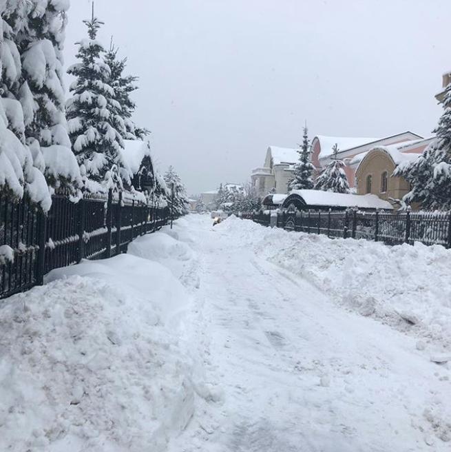 Посёлок, где живёт Волочкова. Фото Instagram @volochkova_art