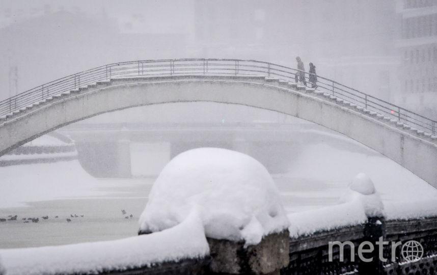 Заснеженная Москва. Фото AFP