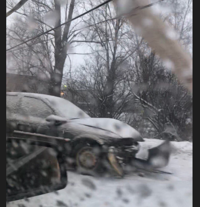 ДТП на Аннинском шоосе. Фото Скриншот видео https://vk.com/spb_today