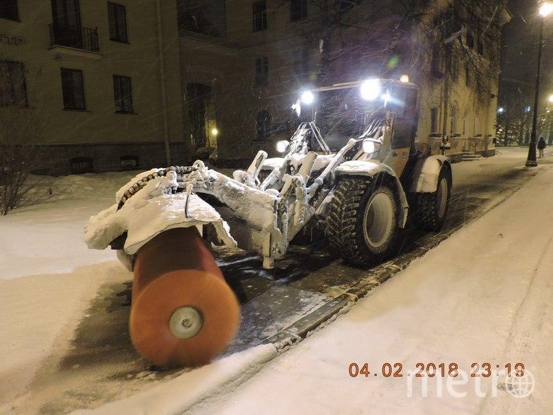 Уборка 4 февраля. Фото gov.spb.ru/gov/otrasl/blago