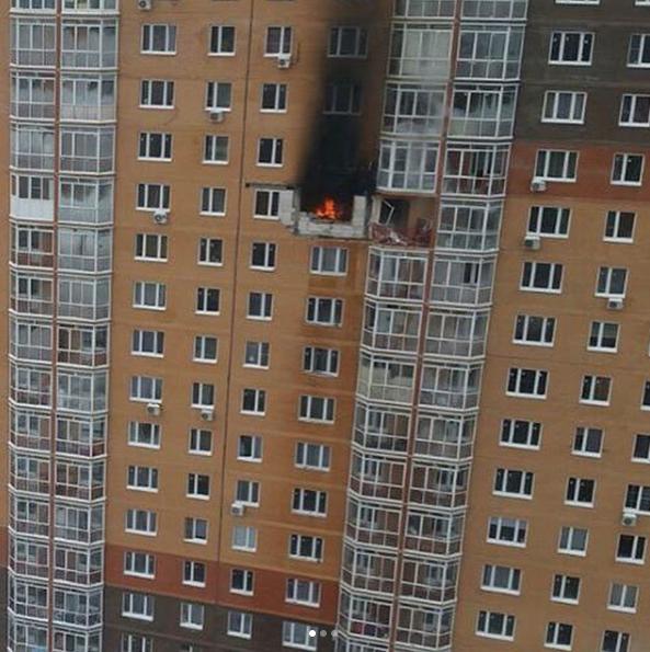 Пожар в одном из домов в ЖК Бутово-парк. Фото Instagram https://www.instagram.com/vfaleev/