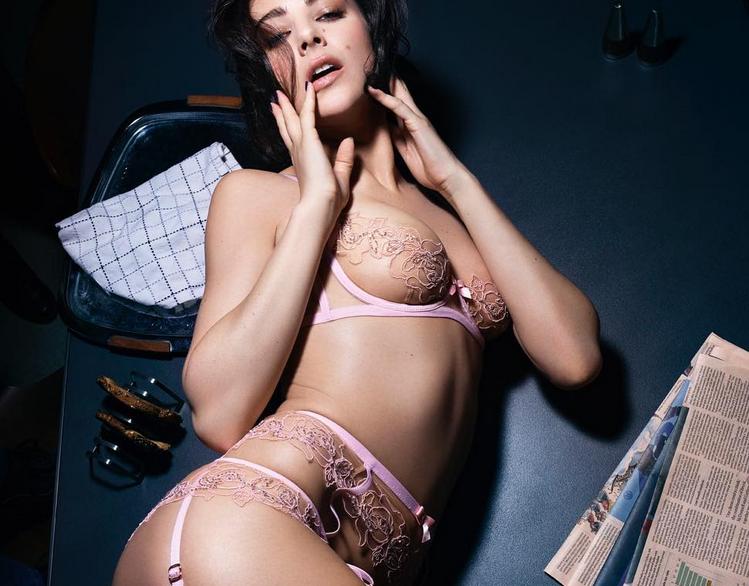 Модели в нижнем белье от Agent Provocateur. Фото скриншот instagram.com/agentprovocateur/