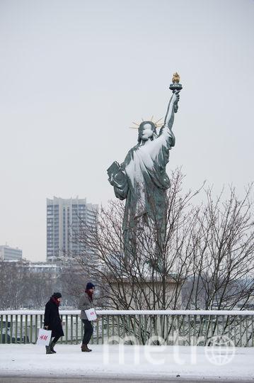 В Париже выпал снег. Фото Getty