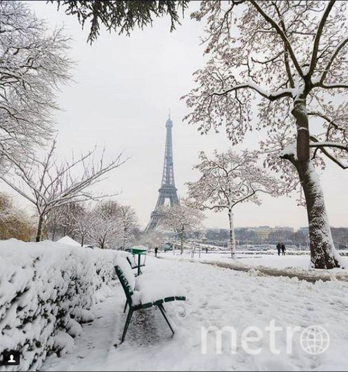 В Париже выпал снег. Фото Instagram