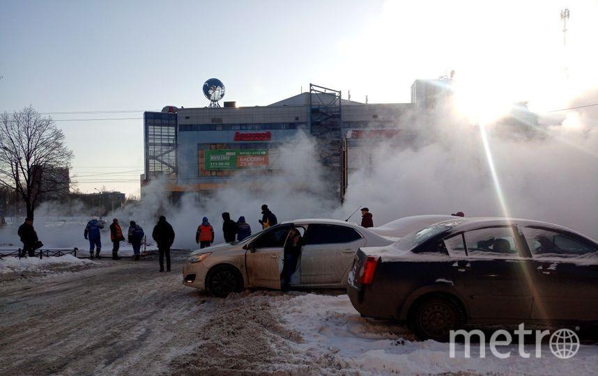 Авария на Стачек, 99. Фото Фото - Антон Баранов.