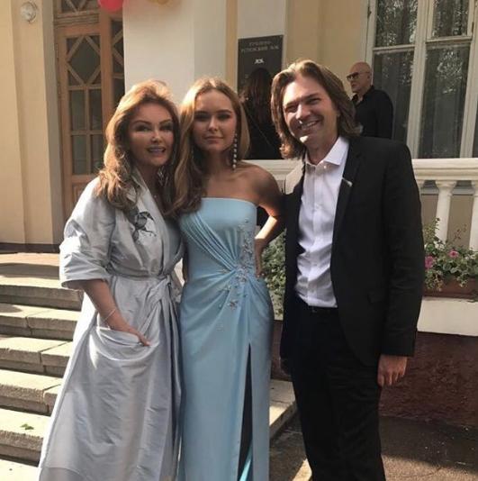 Дмитрий Маликов с женой и дочерью. Фото www.instagram.com/dmitriy_malikov