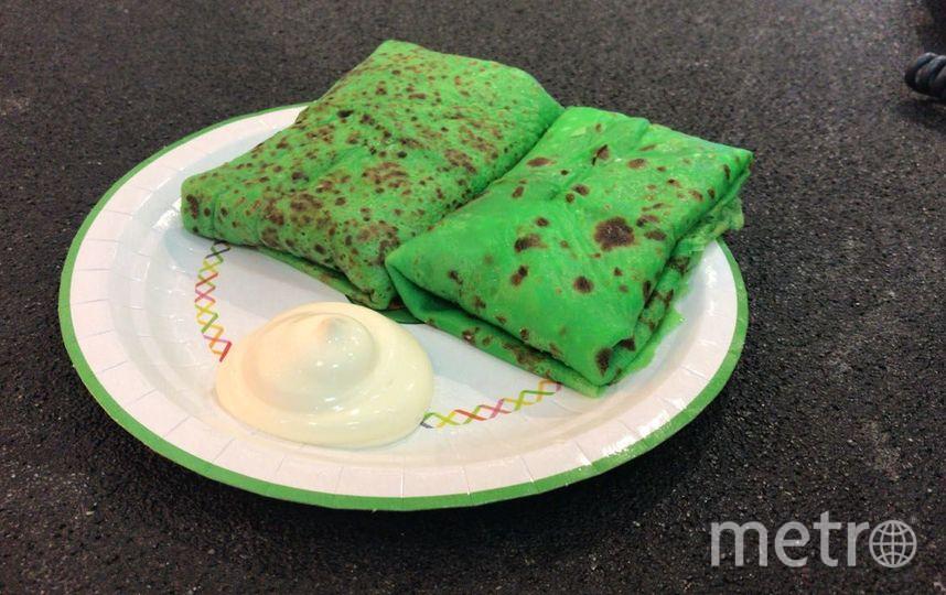 Тесто подкрашивают продуктами: зелёные – шпинатом, оранжевые – облепихой, а розовые – свёклой. Фото Предоставлено кафе «ДвижОК»