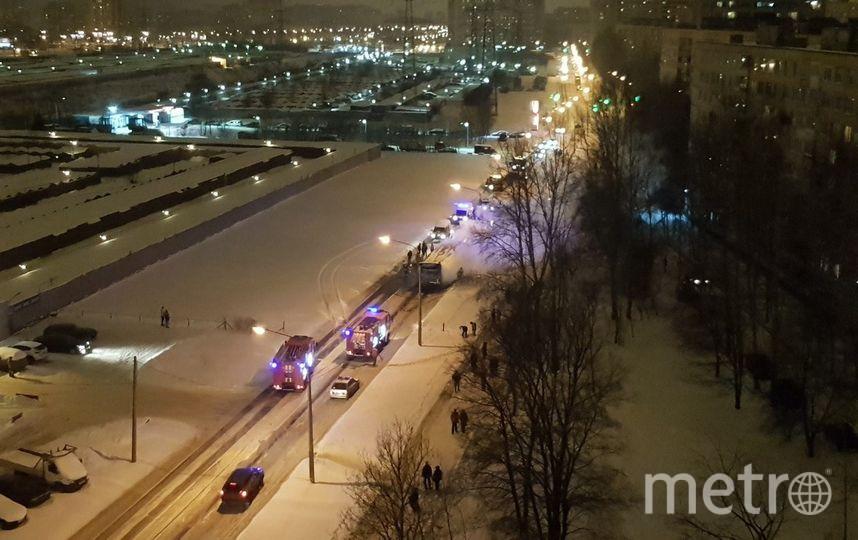 """""""ДТП и ЧП / Санкт-Петербург"""". Фото vk.com/spb_today, vk.com"""