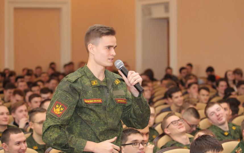 В России откроют первую военную кафедру для девушек. Фото www.unecon.ru