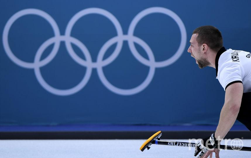 Кёрлингист Александр Крушельницкий в паре с Анастасии Брызгаловой рвётся к медалям. Фото AFP