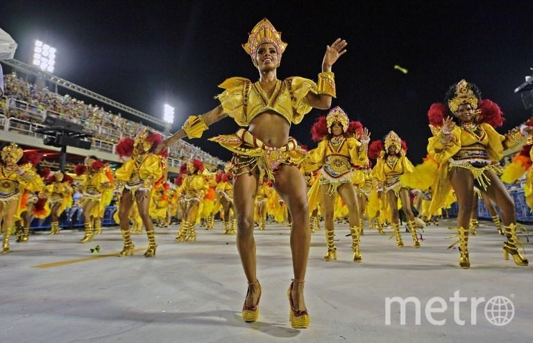 Участница карнавала в Рио-де-Жанейро. Фото AFP
