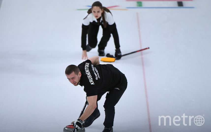Анастасия Брызгалова и Александр Крушельницкий в матче за 3 место. Фото AFP