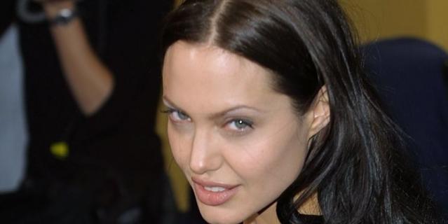 Анджелина Джоли в 25 лет.