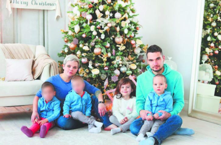 Юлия Савиновских с семьей. Фото Фото из личного архива.
