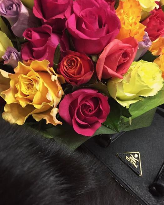Букет ко Дню святого Валентина. Фото Instagram @zolotoy_klen