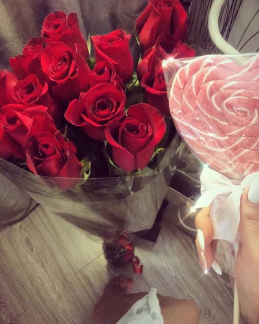 Букет ко Дню святого Валентина. Фото Instagram @lavrovakristinka