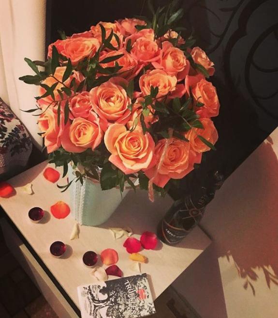 Букет ко Дню святого Валентина. Фото Instagram @_my_name_90