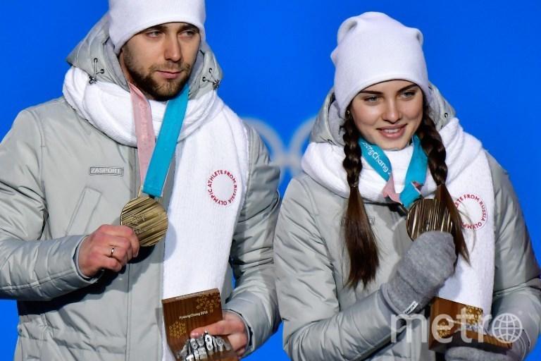 Российские кёрлингисты Анастасия Брызгалова и Александр Крушельницкий. Фото AFP