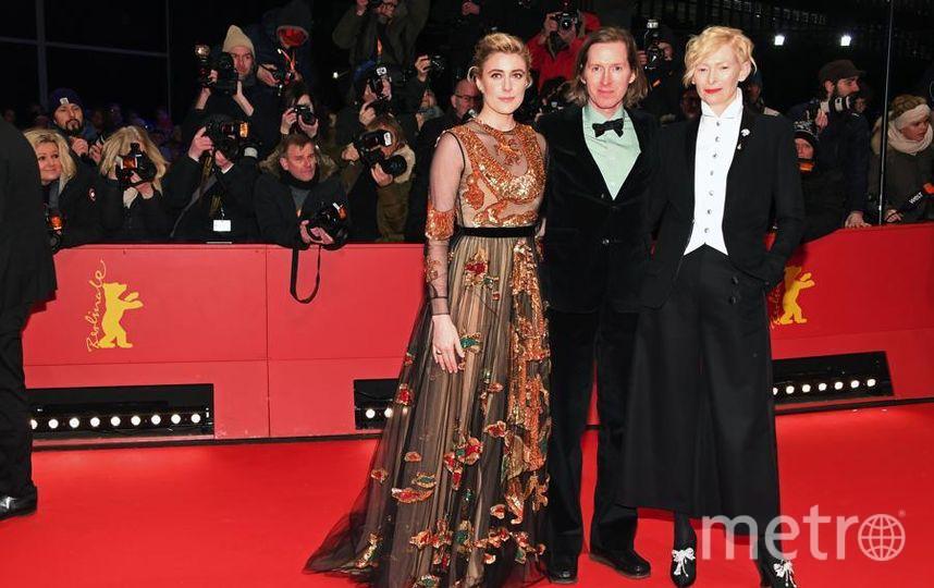 Красная дорожка Берлинале-2018. Грета Гервиг слева. Фото Getty