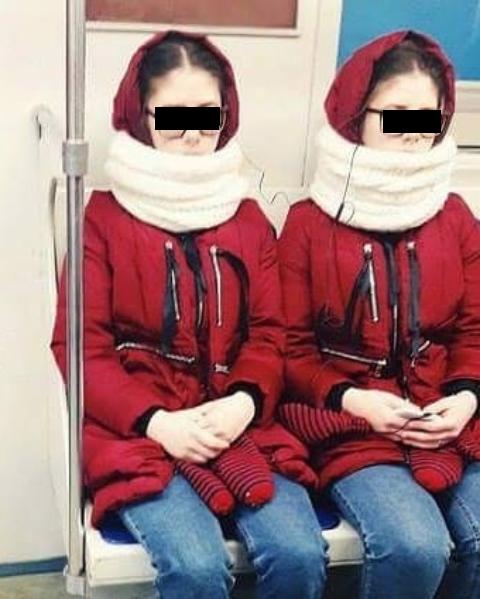 Графини Вишенки в московском метро. Фото Скриншот instagram.com/tanzaltan/.