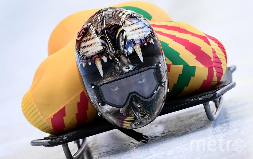 Акваси Фримпонг, Гана (30-е место) На шлеме второго в истории Ганы зимнего олимпийца изображен кролик, выглядывающий из пасти льва. Фото AFP