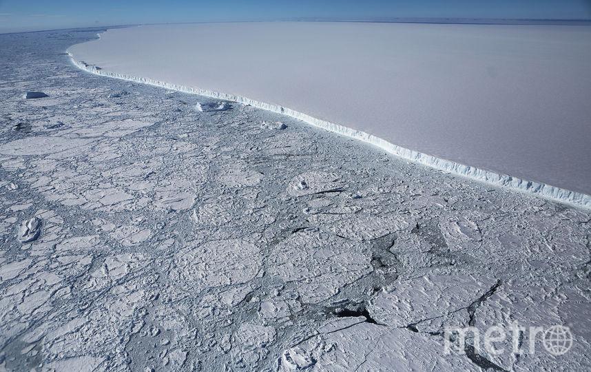 После того как в июле 2017 года от ледника Ларсен С откололся айсберг, его площадь уменьшилась на 12 процентов. Фото Getty