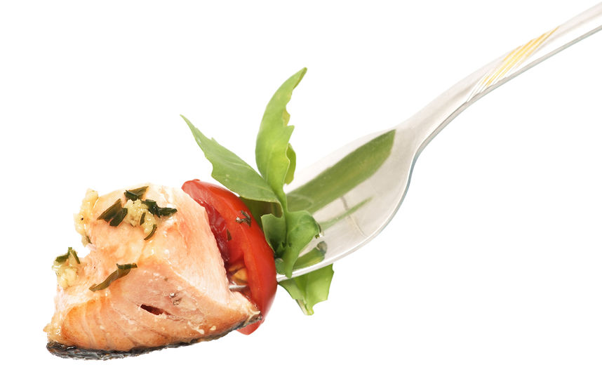 Медленный процесс приема пищи предупреждает развитие ожирения. Фото ISTOCK